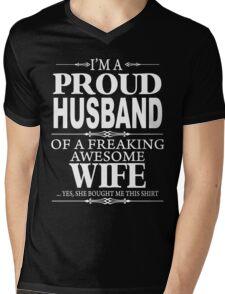 I'm a proud Husband xmas shirt Mens V-Neck T-Shirt