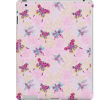 Сгеу floral and butterflies pattern.Doodles iPad Case/Skin