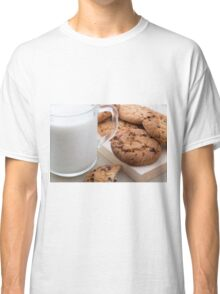 Milk and oatmeal cookies with chocolate Classic T-Shirt