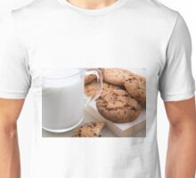 Milk and oatmeal cookies with chocolate Unisex T-Shirt