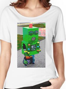 Robot Fashionista Women's Relaxed Fit T-Shirt