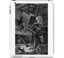The Wooden Steam Engine Maker. iPad Case/Skin