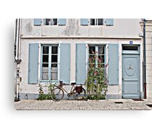 A lonely bicycle Canvas Print