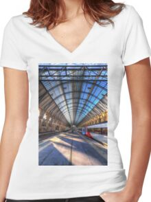 Kings Cross Rail Station London Women's Fitted V-Neck T-Shirt