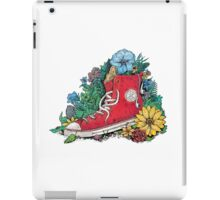 Natural outfit iPad Case/Skin