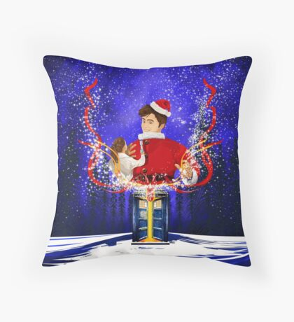 10th Doctor celebrate Christmas Throw Pillow
