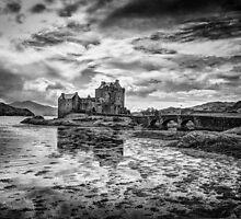 Eilean Donan Castle by darkedinburgh