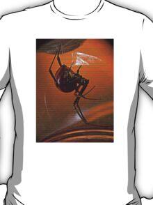 ©NS Latrodectus mactans-Viuda Negra Scrip IA. T-Shirt
