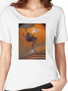 ©NS Latrodectus mactans-Viuda Negra Scrip IA. Women's Relaxed Fit T-Shirt