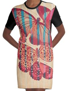 Butterflies in Strips Robe t-shirt