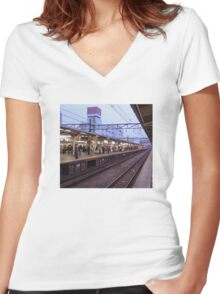 Station – Japanese Trains Women's Fitted V-Neck T-Shirt