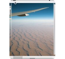 Airliner wing over the Afghani Desert iPad Case/Skin