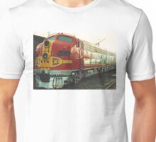 Santa Fe Warbonnet Train Unisex T-Shirt