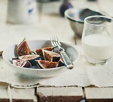 Breakfast with figs by AugenBlicke