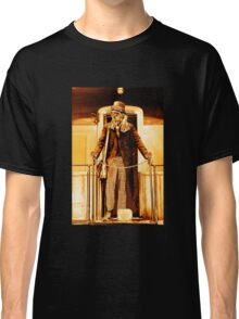 Anarchist:No King - On the Train Classic T-Shirt