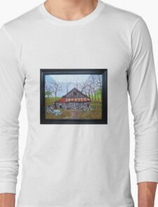 Very old barn with tractor Long Sleeve T-Shirt