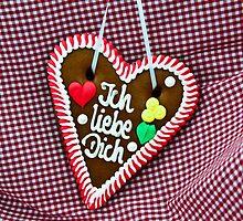 Oktoberfest Gingerbread Heart by franky242