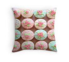 TREND OF CUPCAKES Throw Pillow