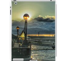 Riverside lamplight - London iPad Case/Skin