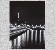 Eiffel Tower overview - panorama (Black & White) Kids Clothes