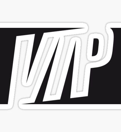 umhänger sport rot blau cool anhänger ausweis halskette freunde team logo member vip person wichtig besonders party shirt design motiv feiern chef  Sticker