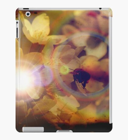 To the light iPad Case/Skin