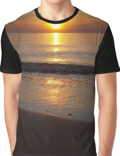 Shoreline Golden Serenity Graphic T-Shirt