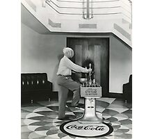 LUTHER CARSON DEMONSTRATING OLD CAP MACHINE, PADUCAH, KY Photographic Print