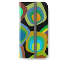 Stay Tuned - 1970s retro vintage television-themed vector pop art iPhone Wallet/Case/Skin