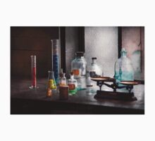Science - Chemist - Chemistry Equipment  Kids Clothes