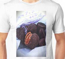 LES CHOCOLATS Unisex T-Shirt