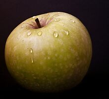 Apple by Ellesscee