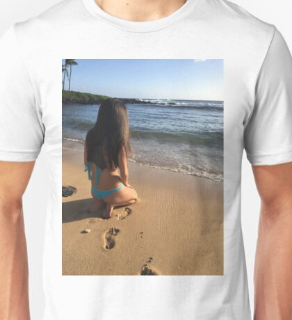 Omg it's SUMMER Unisex T-Shirt