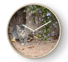 tiny kitten with flowers Clock