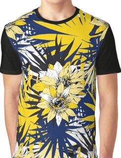 Elegant Tropical Graphic T-Shirt