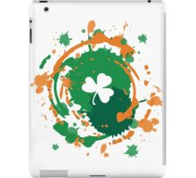 Cool Lucky Clover - Ink Background  iPad Case/Skin