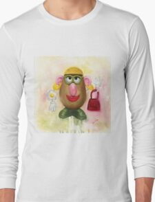 Mrs Potato Head - she's found her eyes! Long Sleeve T-Shirt