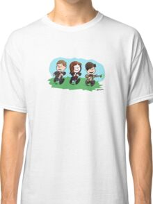 Eleventh Doctor and the Ponds ... Peanuts Style Classic T-Shirt