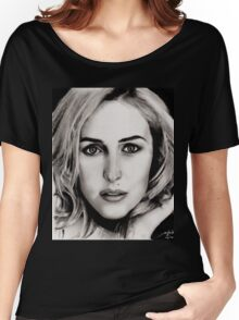 Gillian Anderson Oil Women's Relaxed Fit T-Shirt