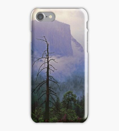 EL CAPITAN IN THE MIST iPhone Case/Skin