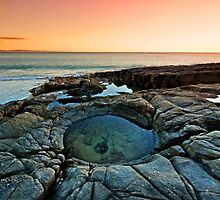 The Rock Pool - Noosa National Park by Beth  Wode