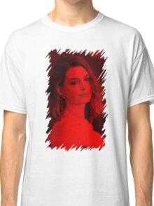 Anne Hathaway - Celebrity Classic T-Shirt