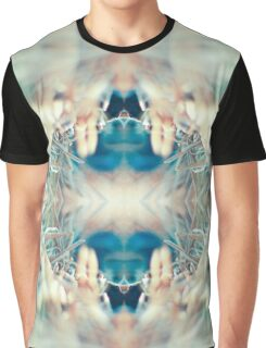 MICRO WORLD CREATURE MOUTH Graphic T-Shirt