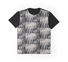 Freeze in the dark Graphic T-Shirt