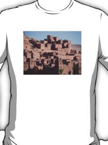 Morocco, a very old Sahara Desert Village Scene T-Shirt
