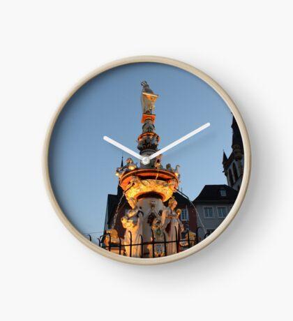 Saint Peter's Fountain, Trier Clock