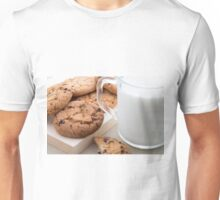Transparent cup with milk and oatmeal cookies Unisex T-Shirt