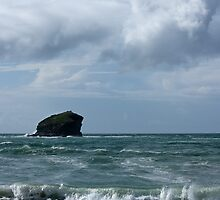 Gull Rock off Portreath, Cornwall by LindaCooke