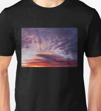 Beautiful colors sunset clouds Unisex T-Shirt