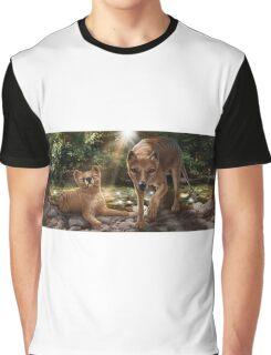 Tasmanian tigers (Thylacines) mother & pup Graphic T-Shirt